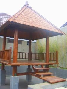 gazebo-kayu-kelapa-1